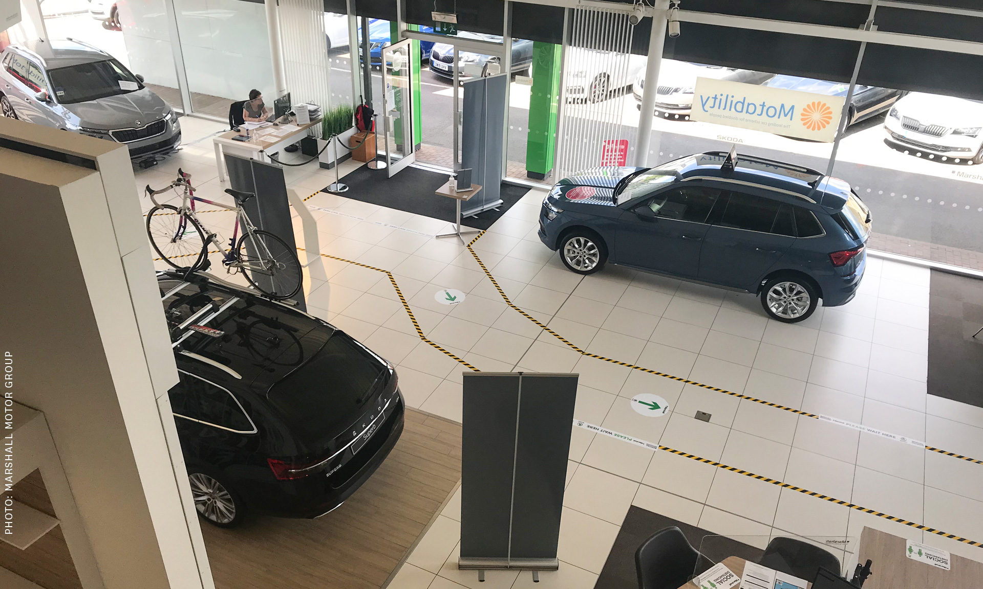 Benefits of Starting a Car Showroom