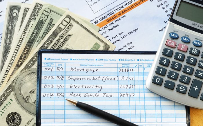 Best financial tips for you to have a safe future